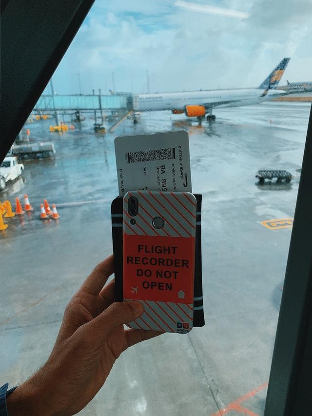 Biaya Tiket Pesawat